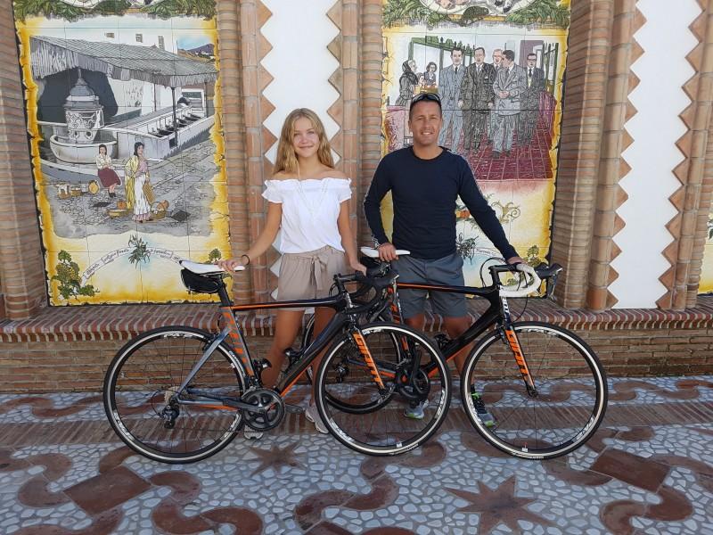 Vacaciones y Alquila tu Bici en Competa