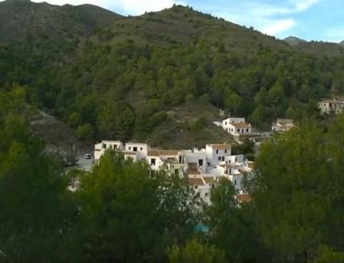 El Acebuchal, la aldea recuperada de Cómpeta que recibe miles de visitas